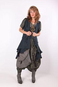 Aproximat by Tatiana Palnitska - Art to Wear Originals - black