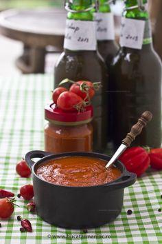 Reteta de Ketchup de casa Jacque Pepin, Romanian Food, Diy Kitchen Storage, Tasty, Yummy Food, Ketchup, Chocolate Fondue, Interior Design Living Room, Celery