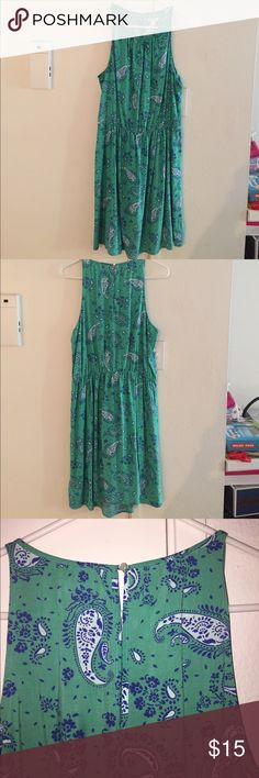 Old Navy Dress Great for work because of the length. Large, 100% rayon Old Navy Dresses Midi