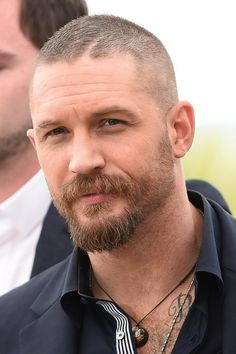 """Tom Hardy (Max Rockatansky) 
