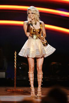 Carrie Underwood Images, Carrie Underwood Hot, Greek Goddess Costume, Gladiator Heels, Country Girls, Country Music, Country Singers, Different Dresses, Female Singers