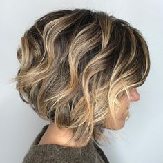 60 Layered Bob Styles: Modern Haircuts with Layers for Any Occasion Bronde Wavy Bob Modern Bob Hairstyles, Layered Bob Hairstyles, Hairstyles Haircuts, Japanese Hairstyles, Medium Hairstyles, Asian Hairstyles, Pixie Haircuts, Wedding Hairstyles, Braided Hairstyles