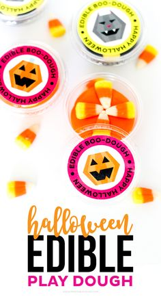 Download these FREE Edible Play dough Halloween Printables for a fun and delicious treat for the kids! These would be the perfect Halloween party favor! Halloween Party Favors, Scary Halloween Decorations, Cute Halloween, Easy Diy Crafts, Diy Crafts For Kids, Fun Crafts, Cupcake Diaries, Discovery Bottles, Printable Activities For Kids