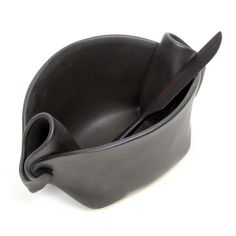 Ceramic pinched serving bowl with knife – Curate Gifts #gorgeous #ceramic #pottery #musthave