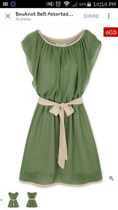 Really pretty green chiffon round neck skater dress