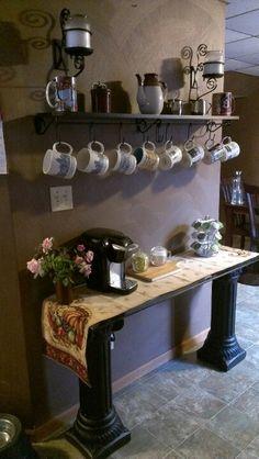 43 Stylish Home Coffee Stations To Get Inspired - DigsDigs Decor, Coffee Shop, Coffee Bar Home, I Love Coffee, Home Decor, Bar, Home Coffee Stations, Cafe Bar