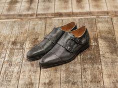 REHAB Mauro Lizard Smoke #rehabfootwear #cassiccollection #lizardprint #smoke #classic #modern #trendy #leather #perfectfit