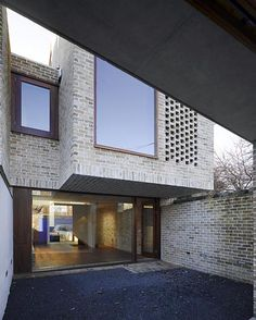 grafton architects / waterloo lane mews, dublin