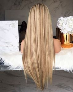 Honey Blonde Hair, Blonde Hair Looks, Strawberry Blonde Hair, Balayage Hair Blonde, Dark Blonde, Brunette Hair Color With Highlights, Ombre Hair Color, Hair Highlights, Chunky Highlights