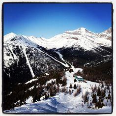 I miss #lakelouise #skiing #pow TAKE ME BACK Lake Louise Ski Resort, Mountain Resort, Alberta Canada, Winter Holidays, Mount Everest, Skiing, Trail, Scenery, Bucket