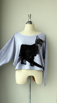 cat sweater!!