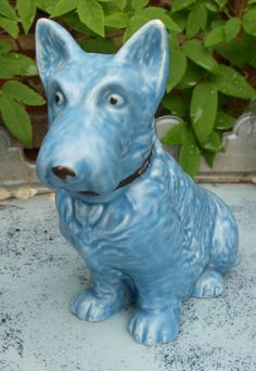 VINTAGE BLUE SYLVAC DOG (please follow minkshmink on pinterest)