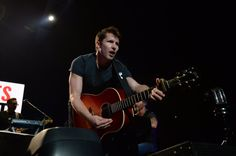 James Blunt at The Staples Center, Los Angeles, CA 10.08.2017