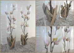 Kunstbloemen met onderin wilgentakjes. Weer eens wat anders dan potpourri! Te koop bij het tuincentrum