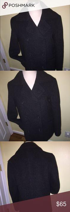 J Crew Coat size S Gently used J. Crew Jackets & Coats Pea Coats