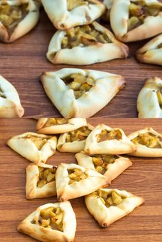 These Apple Pie Hamantaschen will wow your family and friends this Purim. A crisp shortbread cookie, moist apple pie filling make Apple Pie Purim Cookies. Best Cookie Recipes, Best Dessert Recipes, Apple Recipes, Sweet Recipes, Passover Recipes, Jewish Recipes, Spring Recipes, Holiday Recipes, Kosher Recipes
