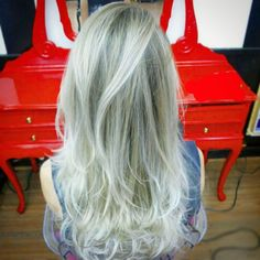 Ice highlights by Roni Cesar #circushair #circuspamplona #hair #highlights #fashion #style