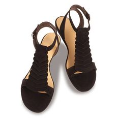 44fbb1217 45 Best Dressy flat sandals images in 2014   Shoes sandals ...