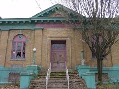 Seriously neglected and abandoned. 1902 Carnegie Library, Middletown, Ohio
