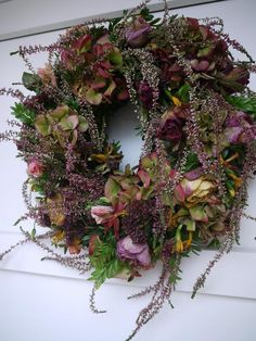 Fotoblog uživatelky etkaa | Modrastrecha.cz Autumn Wreaths, Christmas Wreaths, Wreaths And Garlands, Fall Diy, Flower Centerpieces, Autumn Inspiration, Floral Arrangements, Fall Decor, Diy And Crafts