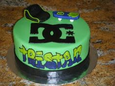 This is actually the brother of Nathaniel from the other skateboard cake I did. We changed it up a bit to match his skateboard colors. I lov. Cake Decorating Icing, Birthday Cake Decorating, Cake Decorating Techniques, Decorating Ideas, Custom Birthday Cakes, Novelty Birthday Cakes, Birthday Hats, Happy Birthday, 14th Birthday