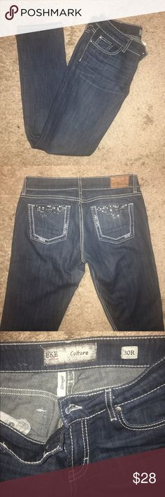 "Like new Cute BKE culture Jeans 30x 301/2"" Bke straight jeans in size 30R.  Measures 30x 30 1/2"". Cute back pocket design. Dark blue rinse.  Wore thdm a few times. Great condition. BKE Jeans Straight Leg"