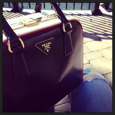 Bag of the day: Most favorite #Prada bag ever ever ever. I could have these frame bags in every color.