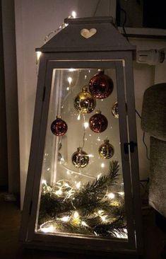 Christmas Lanterns Diy, Country Christmas Decorations, Diy Christmas Tree, Christmas Centerpieces, Outdoor Christmas, Xmas Decorations, Christmas Projects, Simple Christmas, Christmas Holidays