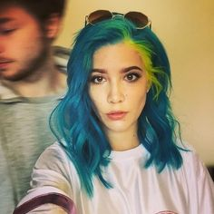 ((FC: Halsey)) Hey, I'm Arianna, but just call me Ari. I'm 19. I love to sing and I can be goofy at times. So, introduce?