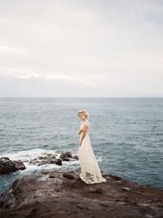 Blush and Gold Bridal Inspiration in Maui | Wedding Sparrow | Juliet Ashley Photography | Meili Autumn Beauty | Mandy Grace Design | Hawaii Calligraphy | Shop Gossamer | Angelei Shulman | Adorn Company