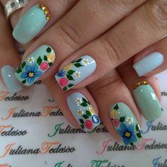 #nailart #unhasdasemana💅 #unhas #unhasdehoje #unhasdodia Fancy Nails, Trendy Nails, Cute Nails, Beautiful Nail Designs, Cool Nail Designs, Karma Nails, Sparkle Nail Polish, Manicure, Finger