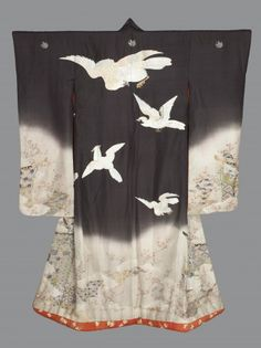 Outer Kimono for a Young Woman (Uchikake) Japan Meiji period 1880-1900 silk crepe (chirimen); freehand paste-resist dyed (yūzen) and embroidered in silk and metallic thread 155 x 123 cm Motif: Hawks, screens of fabric and flowers VA Museum