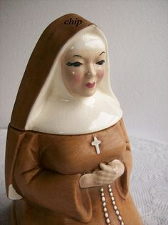 Vintage Cookie Jar Nun by Hirsch 1950s