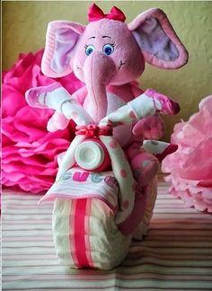 Estoy haciendo una de estas, pero no encuentro la elefanta morada ni lila! pero se mira muy nice la motito!