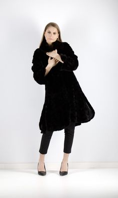 mink fur coats for women Mink Fur, Picture Show, Coats For Women, Fur Coat, Normcore, Factors, Monitor, Website, Collection