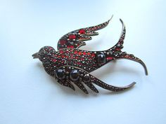 Victorian bird pin with Bohemian garnets
