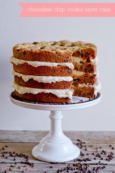 Chocolate Chip Cookie Layer Cake Cookie Cake Birthday, Birthday Desserts, Köstliche Desserts, Delicious Desserts, Dessert Recipes, Cupcakes, Cake Cookies, Cookies Et Biscuits, Cupcake Cakes