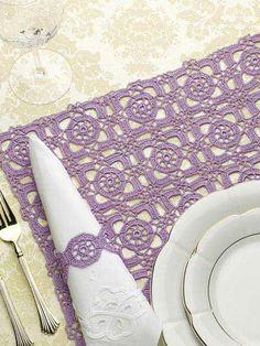 """Pattern for crochet square motif """"Renaissance Tiles"""" place mat."""