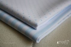 MIXIFU perchas_telas bebé azul