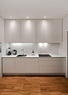 One wall kitchen Kitchen Cupboard Designs, Kitchen Renovation, One Wall Kitchen, Kitchen Appliances Layout, Kitchen Furniture, White Modern Kitchen, Kitchen Room Design, Kitchen Decor, Kitchen Furniture Design