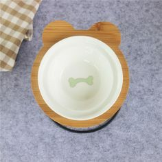 New High-end Pet Bowl Bamboo Shelf Ceramic Feeding and Drinking Bowls for Dogs and Cats Pet Feeder Accessories Bamboo Shelf, Baby Shower Party Supplies, Pet Feeder, Halloween Sale, Dog Feeding, Pet Bowls, Design Your Home, Unicorn Party, Dog Accessories