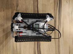 Projekt został wykonany w ramach kursu MECHATRONIKA prowadzonego na Akademii Górniczo-Hutniczej im. Stanisława Staszica w Krakowie. Robot, Audio, Music Instruments, Projects, Log Projects, Blue Prints, Musical Instruments, Robots