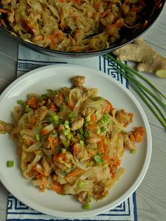 Diet Recipes, Cooking Recipes, Healthy Recipes, Chow Mein, Polish Recipes, Cabbage, Food Porn, Food And Drink, Dishes