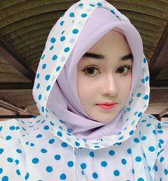 41 Ideas For Sport Girl Fashion Sexy Women Beautiful Hijab Girl, Beautiful Muslim Women, Muslim Fashion, Hijab Fashion, Girl Fashion, Wedding Hijab Styles, Muslim Beauty, Muslim Hijab, Indonesian Girls