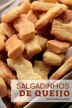 Homemade Cheese Snack Recipe - Prepare this home-made biscuit in your home. - Homemade Cheese Snack Recipe – Prepare this delicious and easy-to-make crispy cheese cookie at ho - Baking Recipes, Snack Recipes, Cheese Snacks, Homemade Cheese, Biscuits, Love Food, Sweet Recipes, Tapas, Dessert