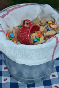 trail mix for the party