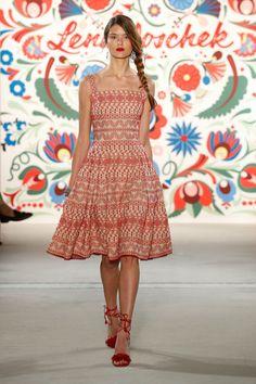 ss-2018_fashion-week-berlin_de_0026_lena-hoschek_71594