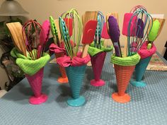 Baby Shower Prizes Ideas Dollar Tree Gift Baskets Ideas For 2019 Home Decor Baskets, Diy Gift Baskets, Bridal Shower Centerpieces, Bridal Shower Gifts, Homemade Gifts, Diy Gifts, Dollar Tree Gifts, Baby Shower Prizes, Towel Cakes