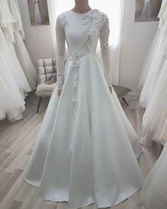 103 gorgeous modest wedding dresses page 9 Muslimah Wedding Dress, Muslim Wedding Dresses, Dream Wedding Dresses, Bridal Dresses, Wedding Gowns, Dress Muslimah, Wedding Hijab Styles, Prom Dresses, Wedding Rings