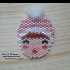 Ce matin j'ai enfilé le bonnet de @lili_azalee sur la tête d'une de mes filles et je lui ai rajouté le pompon de @lindiscrete (si vous ne connaissez pas, aller voir sa magnifique broche bonnet!) #liliazalee #lindiscrete #madeinfrance #faitmain #bijoux #bijou #broche #jenfiledesperlesetjassume #perlescorner #perlesaddict #perlesaddictanonymes #diy #handmade #perlesandco #perlescorner #createurfrancais #fille #bonnet #pompon